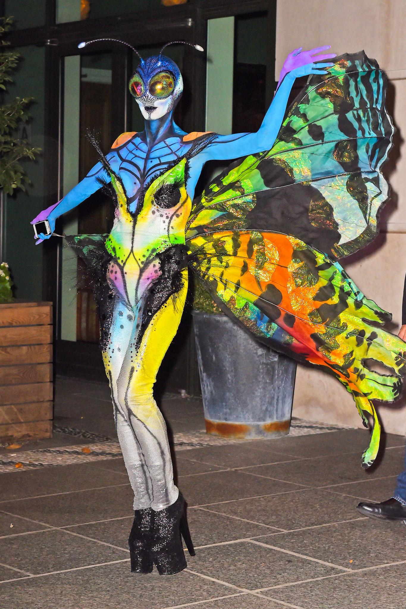 Heidi Klum Happy Halloween Gala De