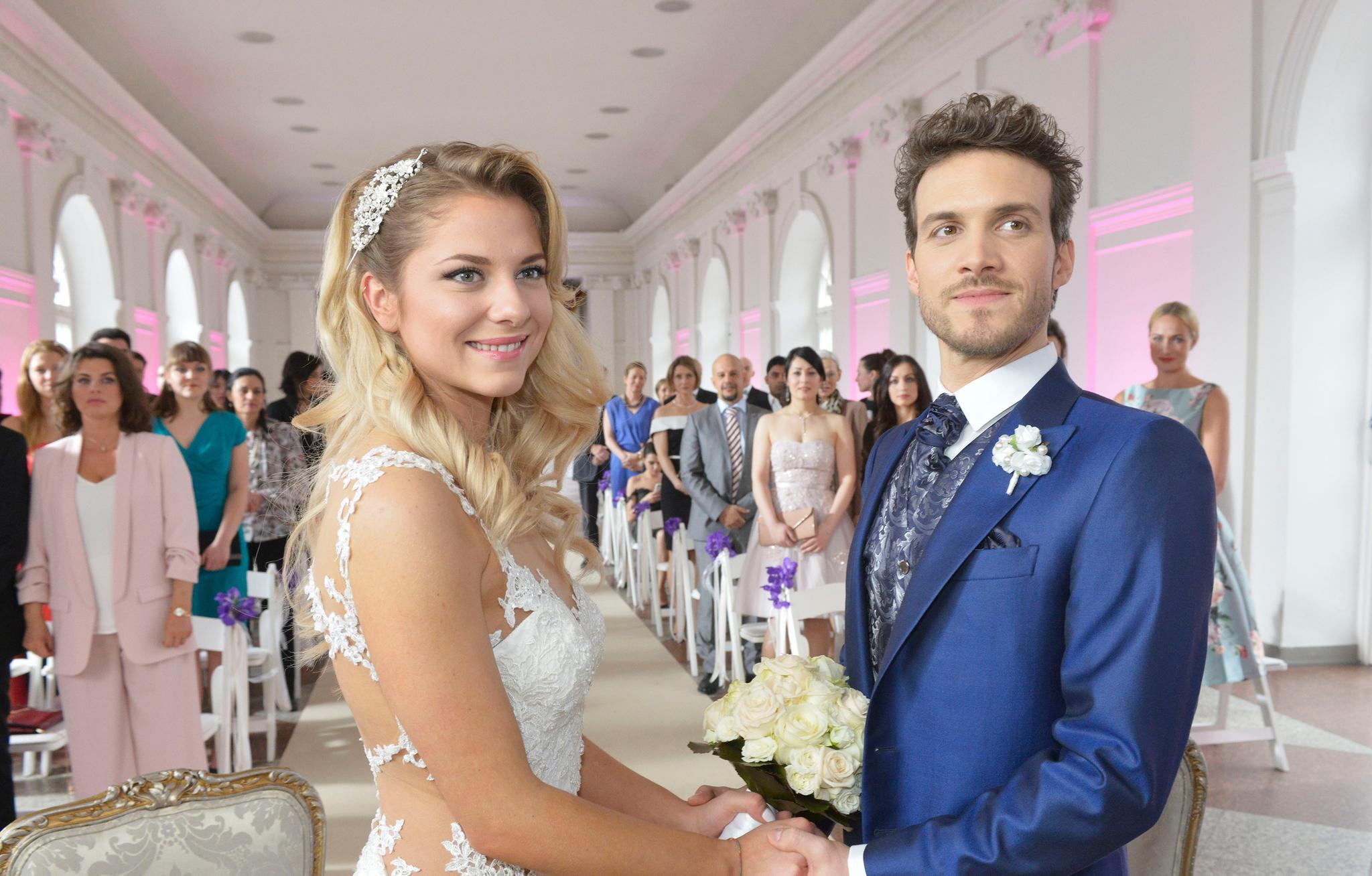 """GZSZ sagt """"Ja"""" – Die schönsten Hochzeiten der Kult-Soap - S. 12"""