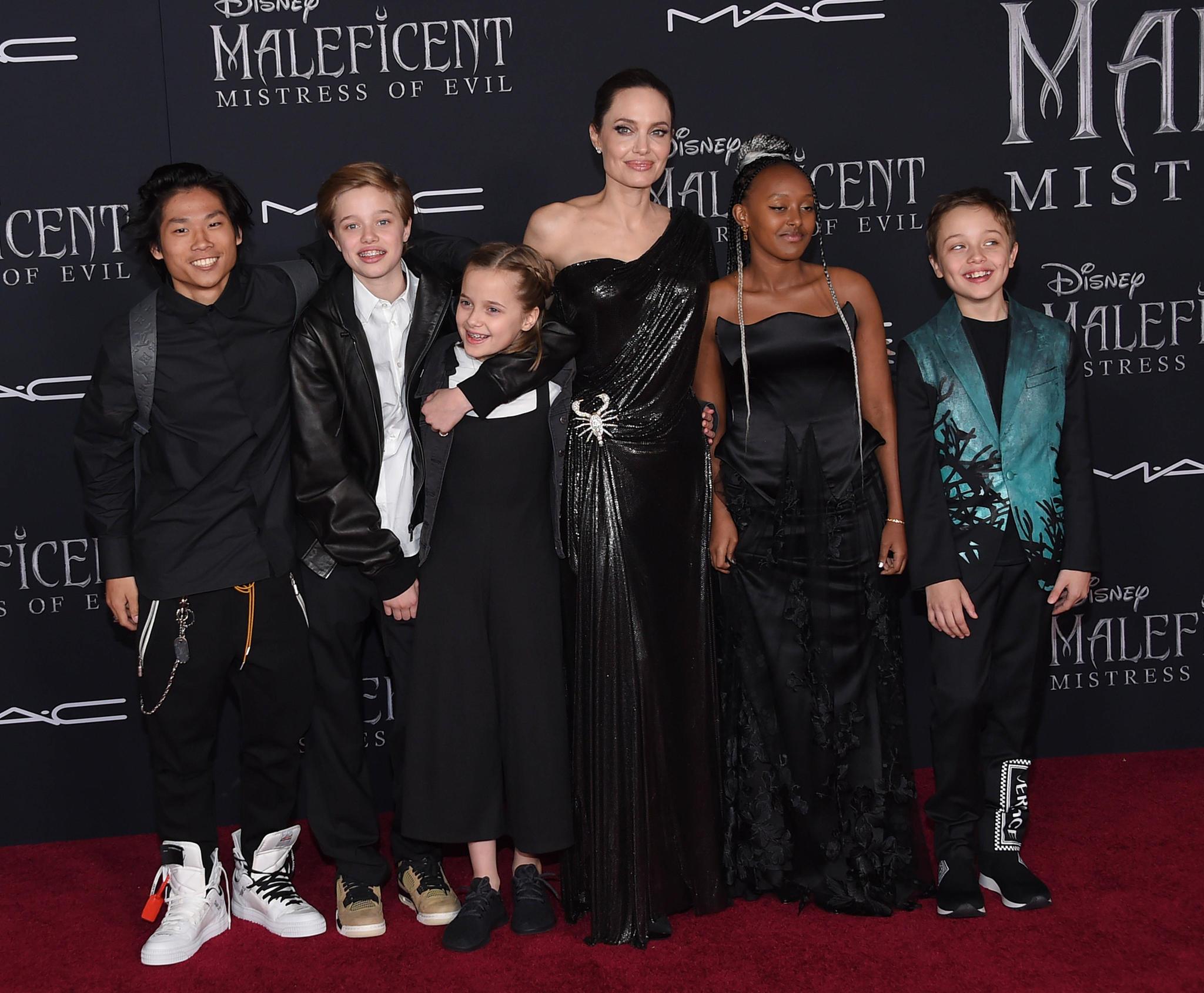 Angelina Jolie Und Brad Pitt Das Familienalbum Gala De